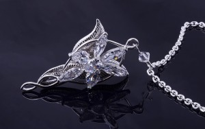 The-Lord-of-the-Rings-Arwen-Evenstar-Necklace-18k-White-Gold-GP-Leaf-Zircon-Pendant